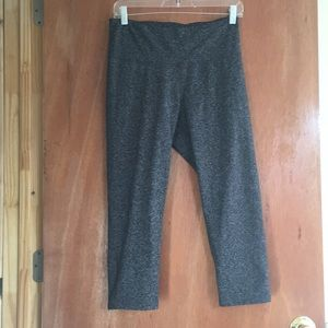 Old Navy Active Go Dry Capris
